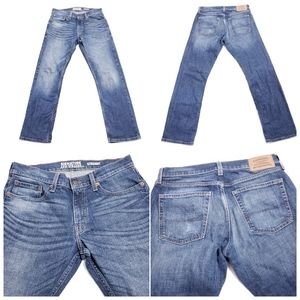 Signature by Levi's Gold Label Men's Straight Jean